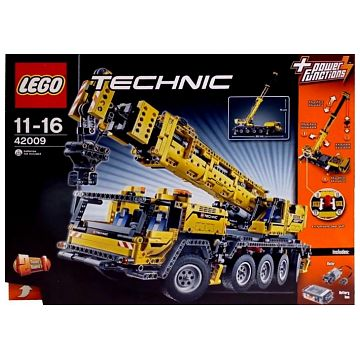 lego technic mobiler schwerlastkran 42009 bilder. Black Bedroom Furniture Sets. Home Design Ideas